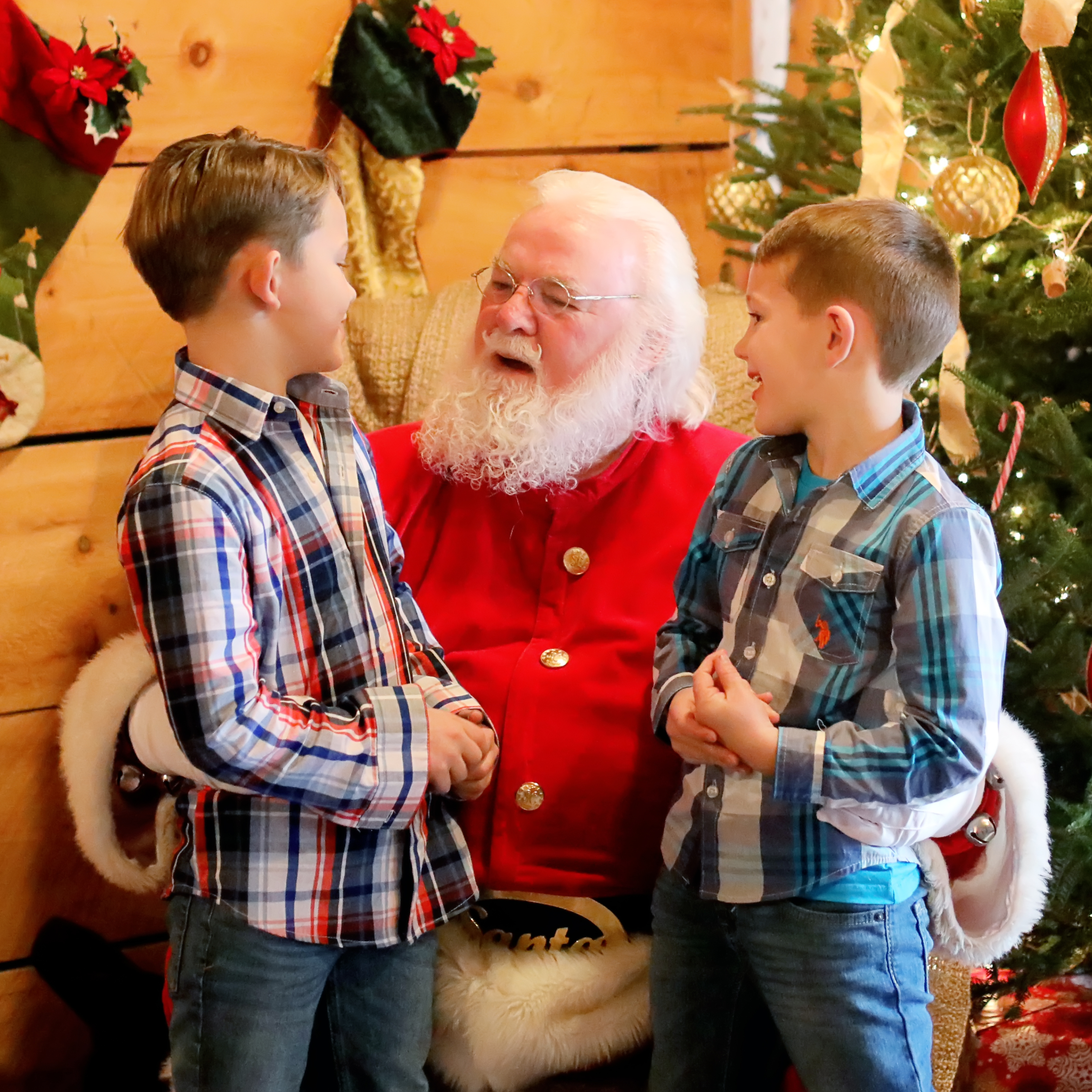 2 kids with santa
